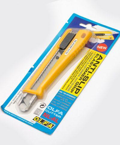 Olfa NL-AL. Нож с выдвижным лезвием с автофиксатором